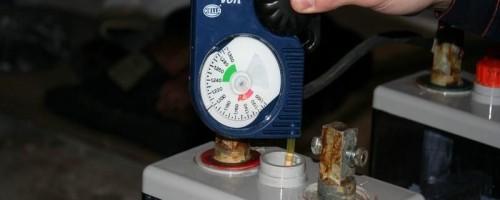 Как правильно поднять плотность электролита в аккумуляторе?