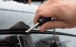 Если сел аккумулятор, как открыть машину?