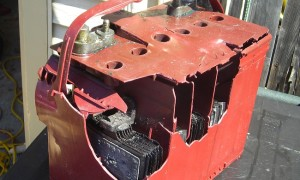 Почему взрывается аккумулятор на автомобиле и как его предотвратить?